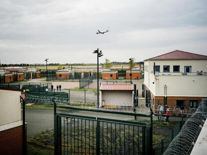 Le centre de rétention administative duMesnil-Amelot (Seine-et-Marne).
