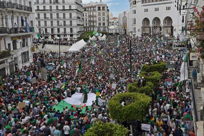 Manifestation à Alger, le 17 mai.
