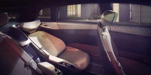 Le concept car électrique ID.Roomzz de Volkswagen se pare d'un revêtement baptisé AppleSkin.
