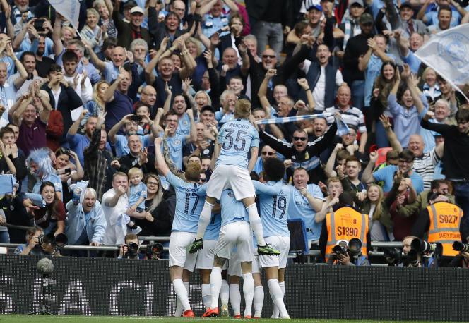 Manchester City a battu (6-0) Watford, samedi, en finale de la Cup.