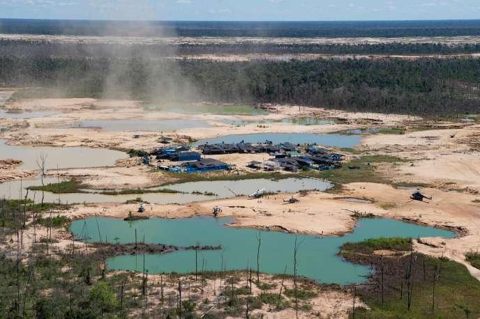 Dans la région de Madre de Dios (sud-est du Pérou), le 17 mai. Cettezone de la jungle amazonienne a été déboisée pour des activités minières illégales.