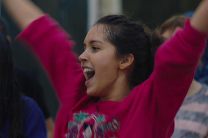 Lyna Khoudri dans le film « Papicha », de Mounia Meddour.