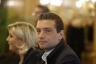 Marine Le Pen et la tête de liste du Rassemblement national, Jordan Bardella, à Milan le 18mai.