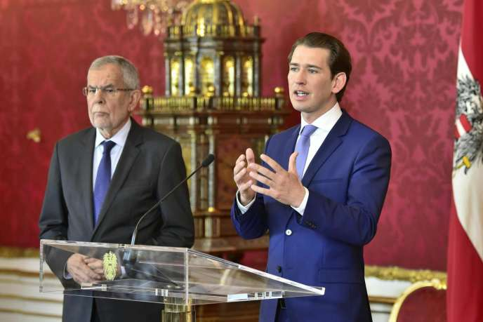 Le président autrichien Alexander Van der Bellen et le chancelier Sebastian Kurz, le 19 mai, à Vienne.