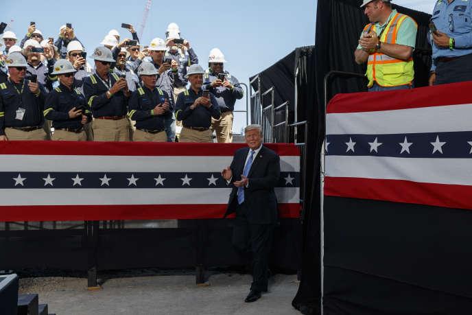 Le président américain, Donald Trump, lors de l'inauguration d'une usine de gaz naturel liquéfié à Hackberry, en Louisiane, le 14 mai.