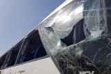 L'autocar touché par un engin explosif près des pyramides de Gazeh, le 19 mai.