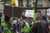 «Bayer au cimetière, Monsanto au cachot»: en France et dans le monde, des manifestants en colère contre le géant de l'agrochimie