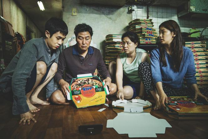 La familleKi-taek dans« Parasite», de Bong Joon-ho.