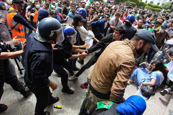 Le 21 mai à Alger./ AFP / -