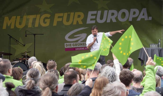 Werner Kogler, chef de file des Verts autrichiens pour les européennes, le 24 avril à Vienne.