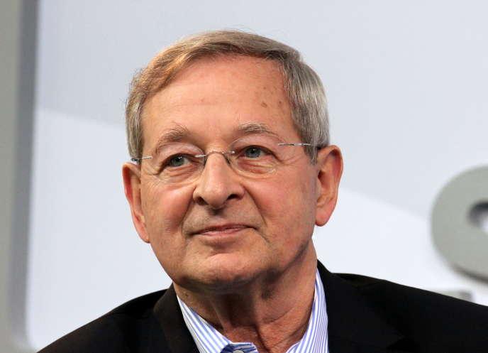 L'écrivain hongrois Péter Nadas, à la foire de Francfort, en 2017.