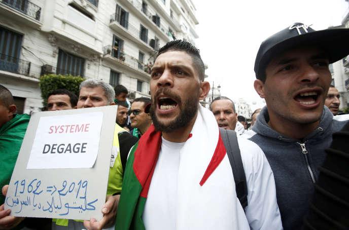 Manifestation à Alger, le 3 mai 2019, contre le pouvoir en place.