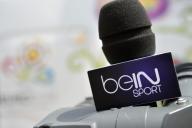 Un micro aux couleurs de BeIN Sports, lors d'une conférence de presse pour l'Euro 2012.