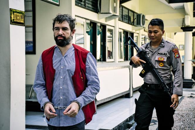 Félix Dorfin a été arrêtéavec 4 kilos de cocaïne, d'ecstasy et d'amphétamines sur l'île de Lombok (Indonésie).
