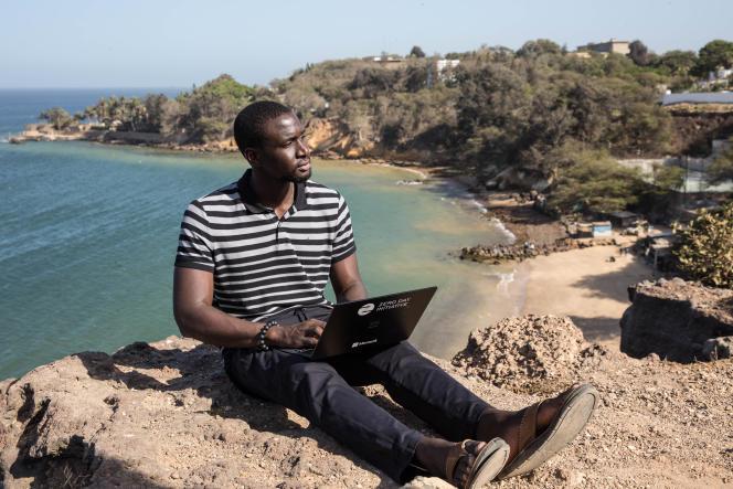 Amat Cama non loin de chez lui à Dakar, au Sénégal, le 22 mai 2019.