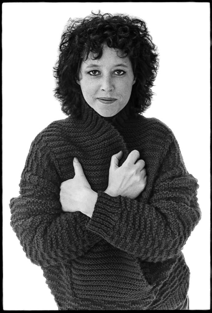 L'écrivaine américaine Janet Hobhouse, à New York, en 1987.