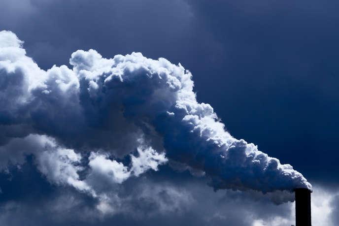 Tours de la centrale à charbon de Moorburg à Hambourg, dans le nord de l'Allemagne, le 7 juillet.