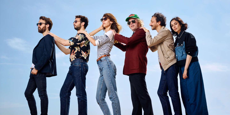 Antoine Gouy, william Lebghil, Doria Tillier, Katerine, Benoit Forgeard realisteur , Alka Balbir. «Yves» .  Festival de Cannes 2019 / 22/05/2019 / Plage de la Quinzaine / Cannes