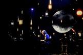 Jean-Louis Aubert lors du concert au théâtre Mogador, mardi 21 mai.