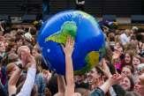 «Je sèche et la planète aussi» : plus d'un million de jeunes manifestent pour le climat