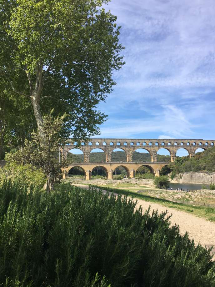 Le pont du Gard, avec ses espaces renaturés.