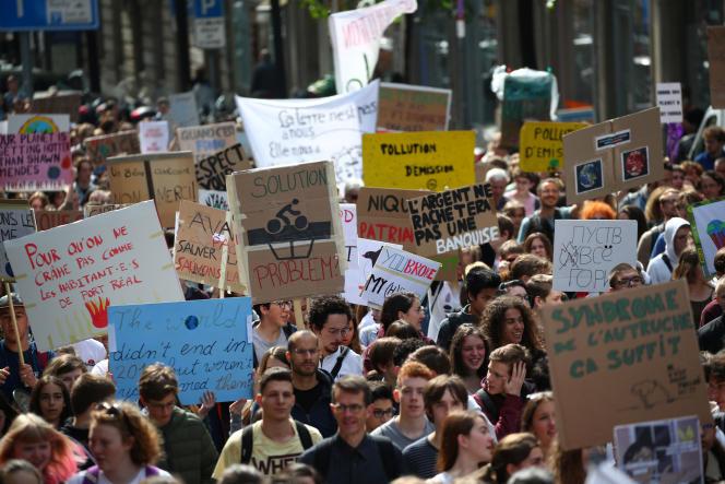 Manifestación de la juventud suiza contra el cambio climático en Lausana, 24 de mayo de 2019.