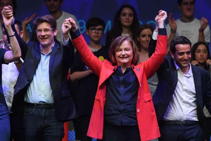 La tête de la liste de LRM pour les européennes, Nathalise Loiseau, et l'ancien ministre du développement Pascal Canfin (à gauche) lors du dernier meeting de campagne du parti, le 24 mai à la Mutualité à Paris.