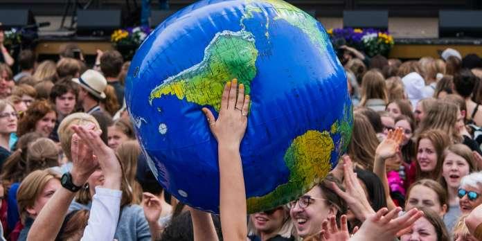 « Je sèche et la planète aussi » : plus d'un million de jeunes manifestent pour le climat