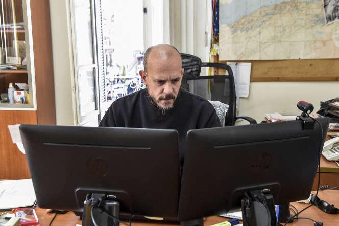 Aymeric Vincenot, directeur de l'Agence France-Presse en Algérie, a été expulsé le 9 avril du pays. Ici, à son bureau, le 1er mars 2019.