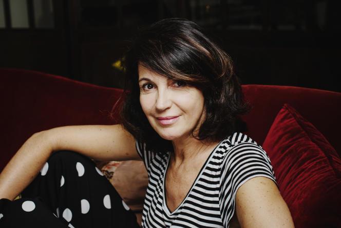 Zabou Breitman, chez elle, à Paris, en mai 2018.