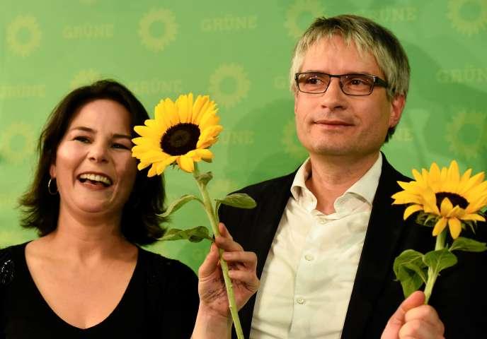 La coprésidente des Verts allemands, Annalena Baerbock (à gauche) et le chef de file du parti aux européennes, Sven Giegold (à droite), le 26 mai à Berlin.