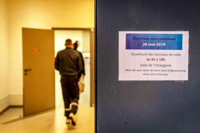 Les élections européennes ne suscitent guère d'enthousiasme et, en 2014, le pourcentage de votants n'avait atteint que 42,4 % en France (42,6 % dans l'UE).