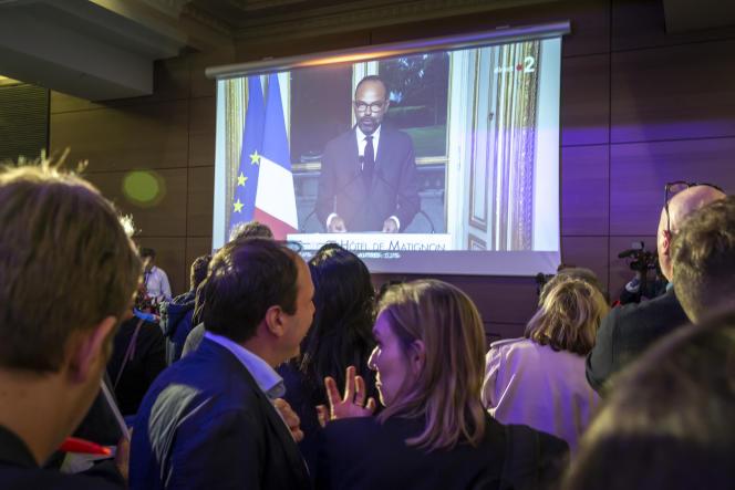 Intervention télévisée d'Edouard Philippe lors de la soirée des résultats pour les élections européennes dans la salle de la Mutualité à Paris, le 26 mai.