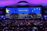 Vue de la salle plénière au Parlement européen, à Bruxelles, dans la soirée du 26 mai.