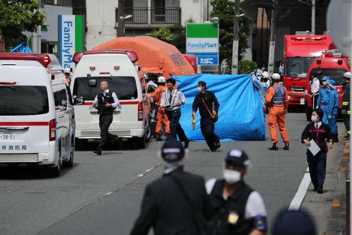A Kawasaki, le lieu de l'attaque a été sécurisé au maximum.