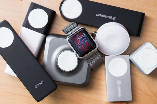 Parmi tous les produits que nous avons testés, voici les chargeurs Apple Watch portables dotés d'une batterie.