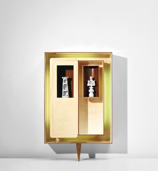 Le cabinet « Positivo-Negativo» deGio Ponti, conçu en 1951, s'est envolé aux enchères (à 78470 euros) à Londres ce printemps dans une vente Phillips et Cambi.