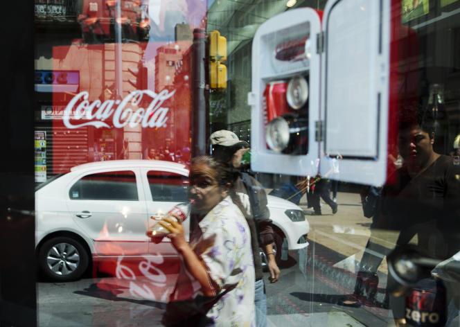 Une enseigne de la marque Coca-Cola à Mexico, en 2014.