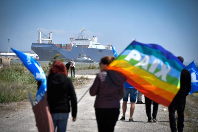Lors d'une manifestation devant un bateau saoudien dans le Grand port autonome de Marseille, le 29 mai 2019.