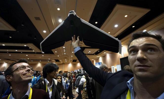 Lors de la présentation d'un drone Parrot, en janvier 2016, au Consumer Electronics Show de Las Vegas.