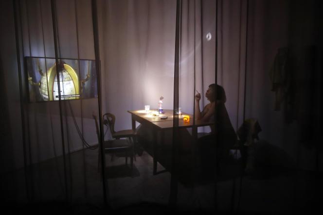 «Deep See Blue Surrounding You» de l'artiste Laure Prouvost, au pavillon de la France, lors de la Biennale d'art contemporain à Venise, le 7 mai.