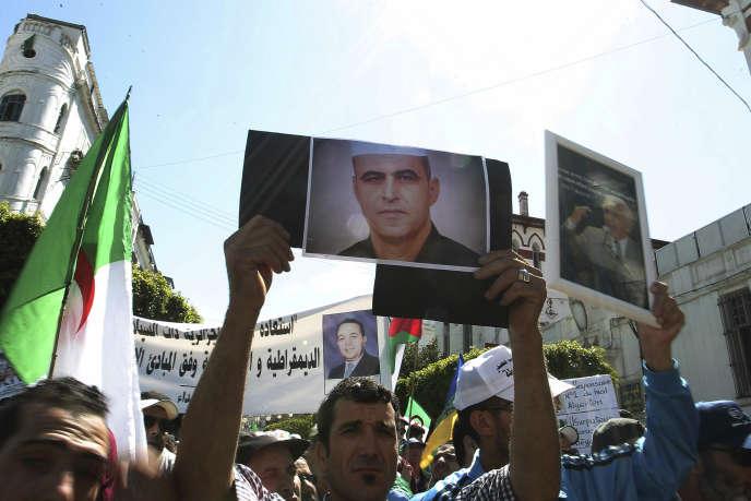 Des manifestants algériens, à Alger, le 31 mai 2019.