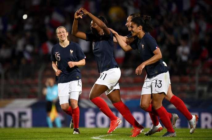 Kadidiatou Diani a offert la victoire aux Bleues face à la Chine.