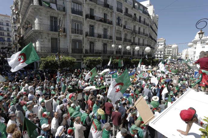 Manifestation à Alger contre le régime, le 31 mai.