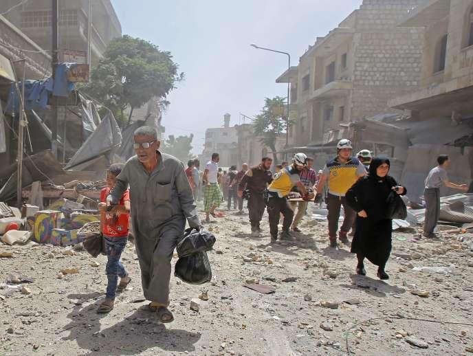 A Maraat Al-Nouman, après une frappe aérienne, le 3 juin.