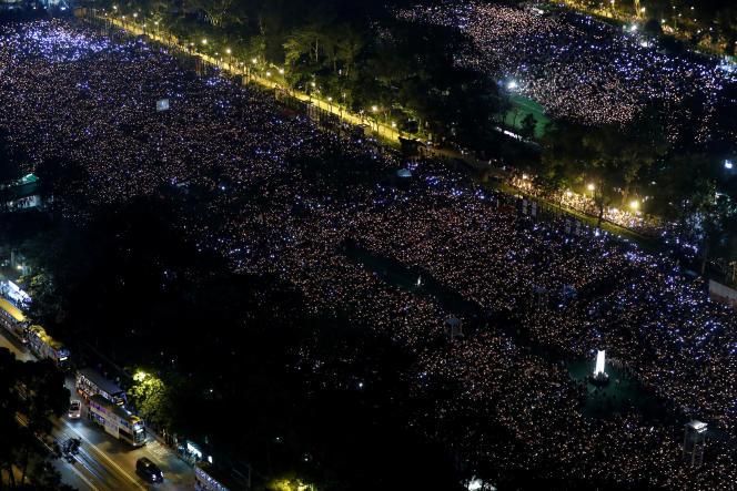 A Hongkong, lors de la commémoration du massacre de Tiananmen, le 4 juin.
