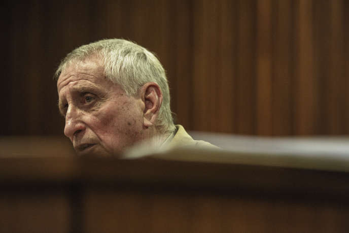 L'ancien policier sud-africain Joao Rodrigues devant la Haute Cour de Pretoria, le 1er août 2017.
