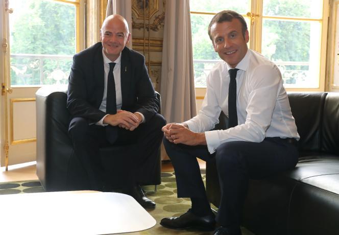 Emmanuel Macron et Gianni Infantino, en juin 2019.