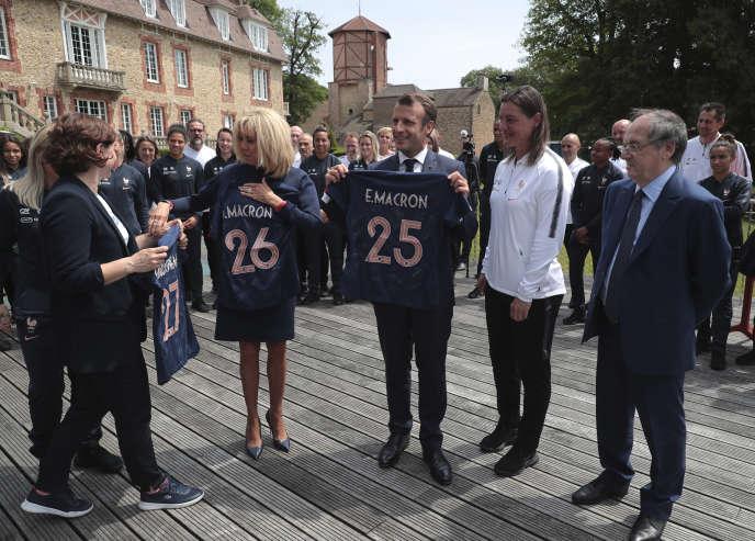 Emmanuel Macron, le 4 juin, à Clairefontaine.