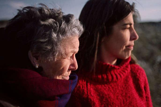 Concha Canal et Monica Garcia (à droite) dans « Face au vent » deMeritxell Colell Aparicio.